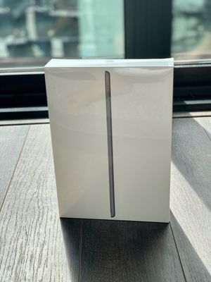 Apple iPad (Latest Model) WiFi 32GB Space Gray - 7th Generation for Sale in Washington, DC