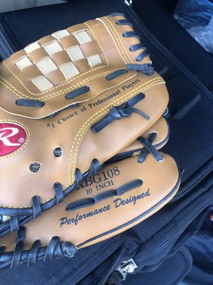 Rawlings 10 inch glove for kids for Sale in Hollywood, FL