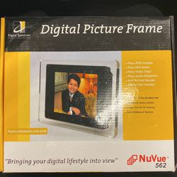 Digital Picture Frame for Sale in Norco,  CA