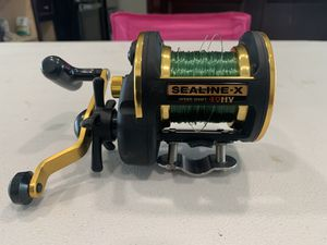 Daiwa x40hv like new fishing yellowtail for Sale in Garden Grove, CA