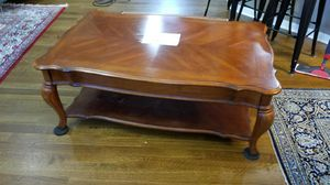 Solid wood coffee table with one drawer for Sale in Dublin, OH