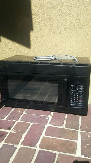 Very nice microwave for sale works great! ! for Sale in Tampa, FL