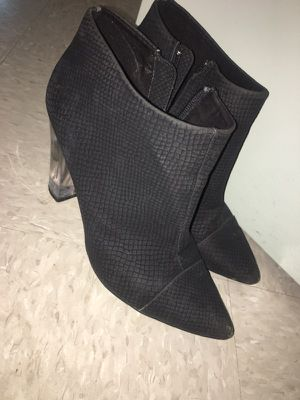Black leather clear heels for Sale in Kensington, MD