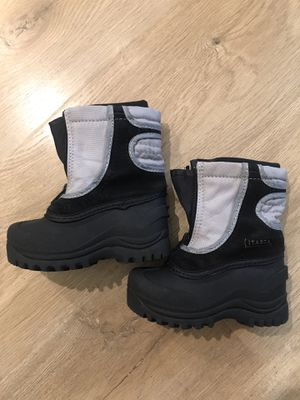 Itasca Snow Boots Boys Girls Size 7 for Sale in Irvine, CA