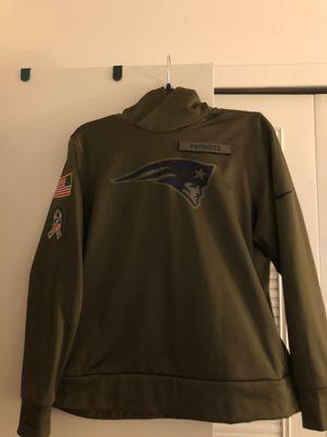 Patriots Jersey NFL FootbaWomens NFL Sweatshirt Size XXL like new only worn Like twice for Sale in Barrington, NJ