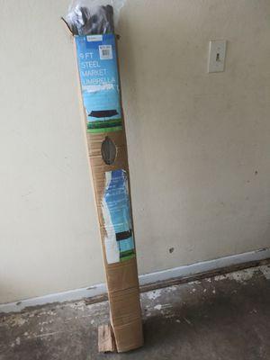 Sombrilla de playa de patio o de acampar 39 fuerte y resistente nueva en su caja original 30 for Sale in Miami, FL
