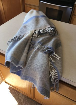 100% WOOL throw blanket like new for Sale in Vista, CA