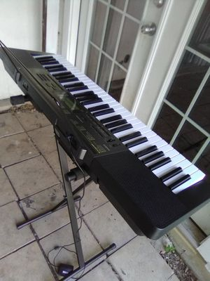 Keyboard set like new for Sale in San Antonio, TX