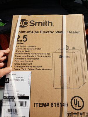 Hot water heater for Sale in Seattle, WA