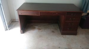 Desk and credenza for sale for Sale in Lithonia, GA