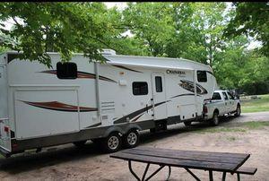 Fifth Wheel Camper for Sale in Munith, MI