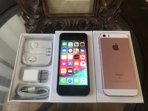 IPHONE 5SE 64GB FACTORY UNLOCKED EXCELLENT CONDITION for Sale in Chicago, IL