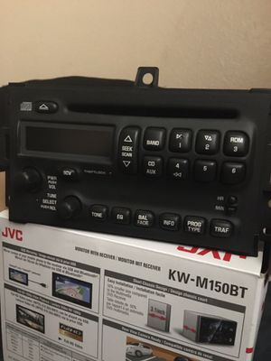 Factory radio for 04-06 Pontiac Grand Prix (Best Offer) for Sale in Houston, TX