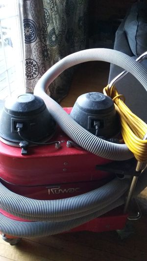 Rumac red vac.. Good conditon. Make an offer for Sale in Lac du Flambeau, WI