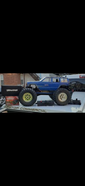 Nitro Traxxas 3.3 T-Maxx for Sale in York, PA