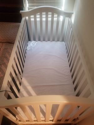 Baby crib for Sale in Newark, CA