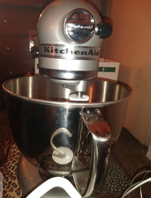 Rare mettalic chrome new made tilt mixer for Sale in Los Angeles, CA