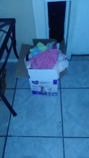 Free 2t girls clothes for Sale in NEW PRT RCHY, FL