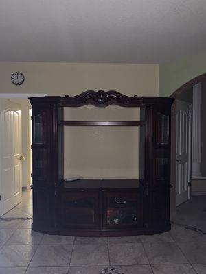 Tv cabinet for Sale in Madera, CA