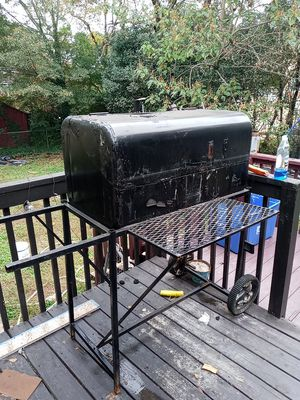 Big boy bbq grill for Sale in College Park, GA