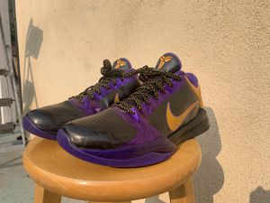 *Rare* Kobe V Lakers Size 10 for Sale in Anaheim, CA