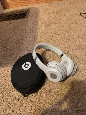 Wireless beats solo 3 (gently used) for Sale in Otsego, MN