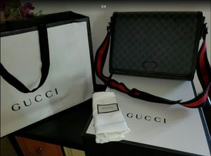 Gucci messenger bag for Sale in KNG OF PRUSSA, PA