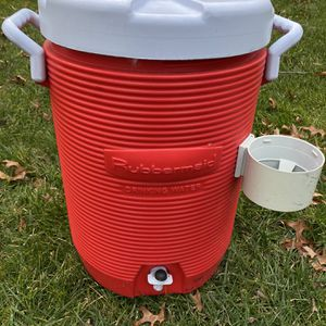 Rubbermaid 5 Gallon Water Cooler for Sale in Dublin, OH