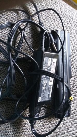 Battery and charger for HP laptop notebook computer for Sale in Dallas, TX