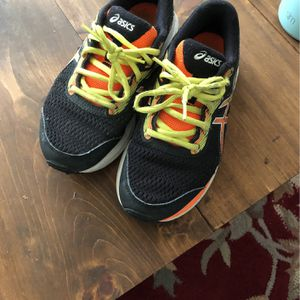 Free Free ASICS Boys Sneakers for Sale in Virginia Beach, VA
