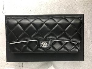 Chanel Classic Long Flap Wallet Black 2019 for Sale in Columbia, SC