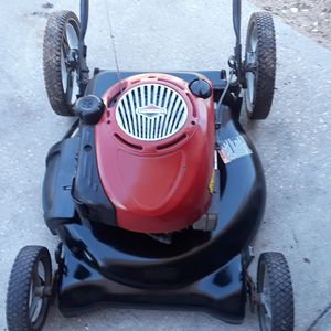 Carfman..21 lawn mower for Sale in Davenport, FL