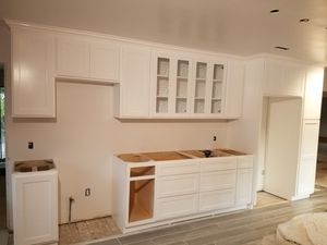 White Shaker Kitchen Cabinets for Sale in Downey, CA