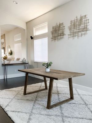 6FT x 3FT Modern Dining Table for Sale in Sacramento, CA