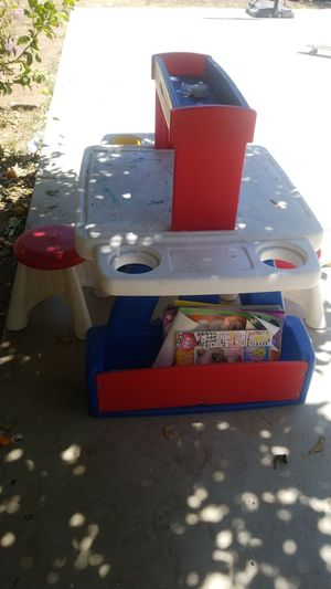 Kids Activity Desk for Sale in Corona, CA