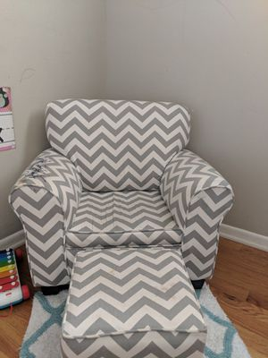White gray Chevron kids chair and foot rest for Sale in Colorado Springs, CO