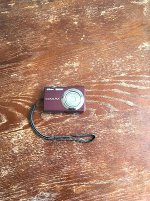 Nikon Coolpix Digital Camera s220 for Sale in Chicago, IL