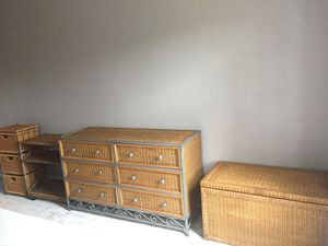 4 Piece Wicker Bedroom Set - Perfectly Clean and Fantastic Condition for Sale in Midlothian, VA