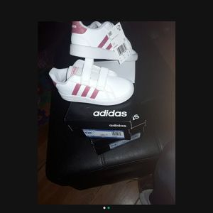 Adidas Girl Shoes for Sale in Paramount, CA