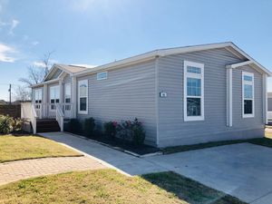 Manufactured Home FOR SALE 4B/2B for Sale in Niederwald, TX