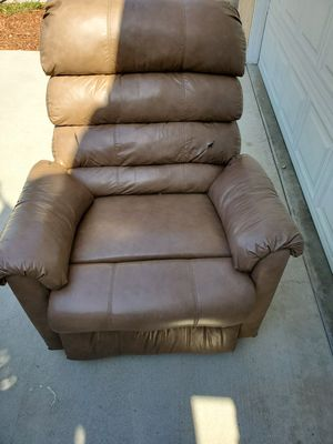Leather recliner sofa for Sale in Lemon Grove, CA