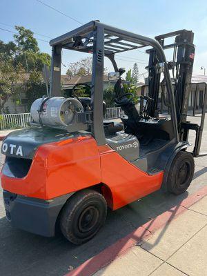 2018 Toyota Forklift 8FGCU32 for Sale in La Habra, CA