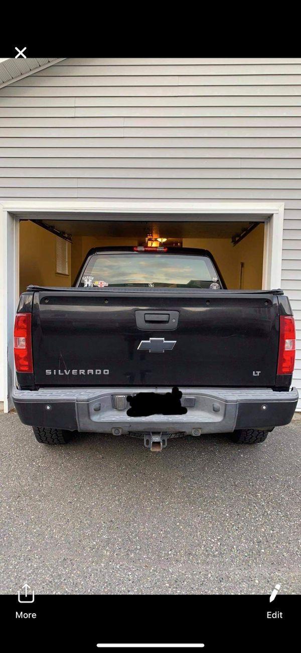 07 Chevy Silverado LT