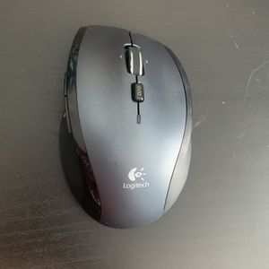 Logitech Wireless Mouse for Sale in Naperville, IL