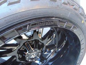 33 12.50 22 RDR MUD Tires & 22X14 Black/Chrome Insert RBP Rims *6 LUG* for Sale in Aurora, CO