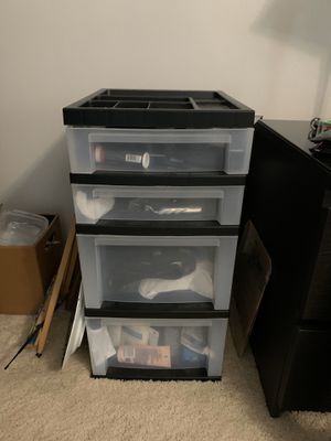 Plastic Storage Cabinet - 4 drawers with wheels for Sale in Fort Lauderdale, FL