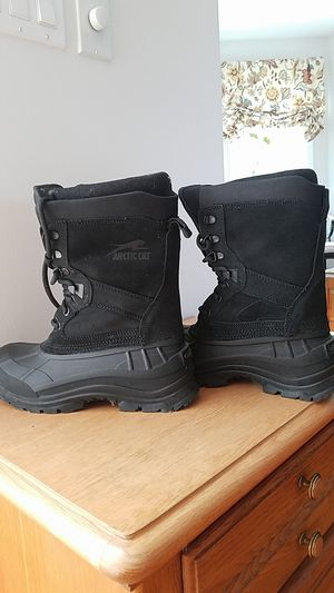 Like new Thinsulate Artic Cat snowmobile boots for Sale in New Haven, CT