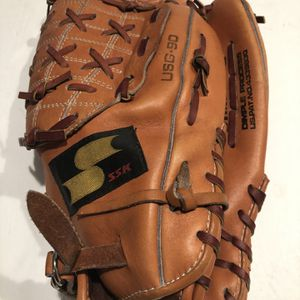 Baseball Glove for Sale in Lutz, FL