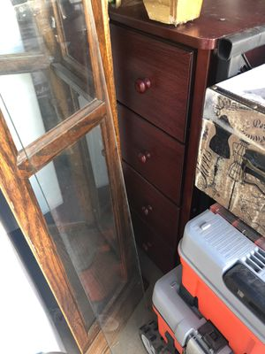 Brown dresser 10 need gone ASAP for Sale in Scotland, TX