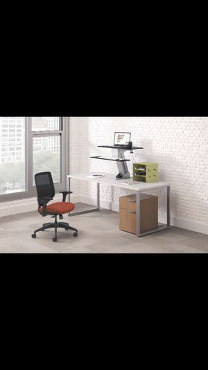 HON Standing Desk- Desktop Sit-to-Stand Riser HONS1100, new in box, Retails for $300 for Sale in Tinley Park, IL